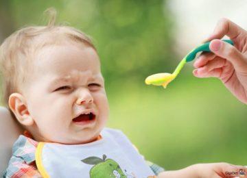 Trẻ sơ sinh lười ăn – nguyên nhân và cách xử lý
