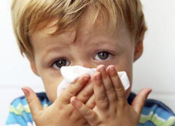 Mẹo hay cho mẹ khi trẻ nhỏ bị sổ mũi