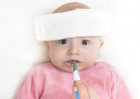 Trẻ sơ sinh sốt khi nào uống thuốc là hợp lý nhất?